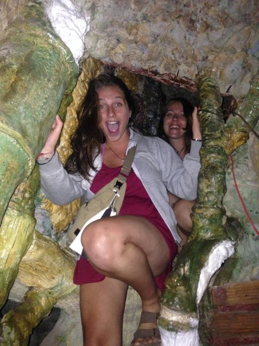Bar 100 tunnels in Da Lat