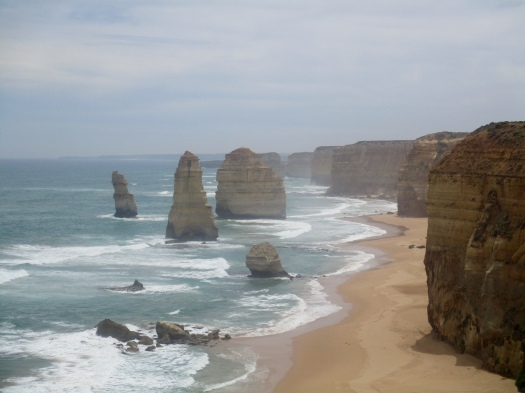 Sandstone towers stretch across the beach at the 12 Apostles in Victoria
