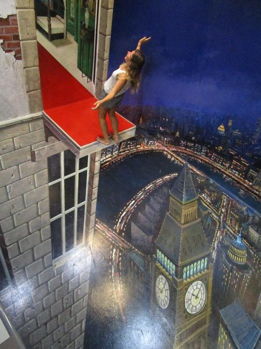 Art illusion of a ledge